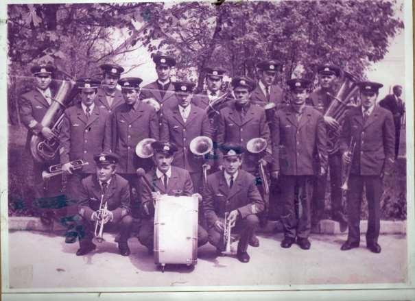 07_Оркестр колективу АТК 19031. 1970ті рр. (Четвертий справа Ілля Кукурудза)