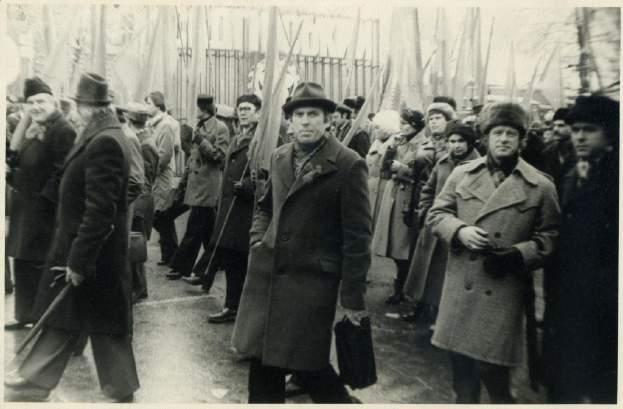 09_Жовтнева демонстрація 7.11.1983